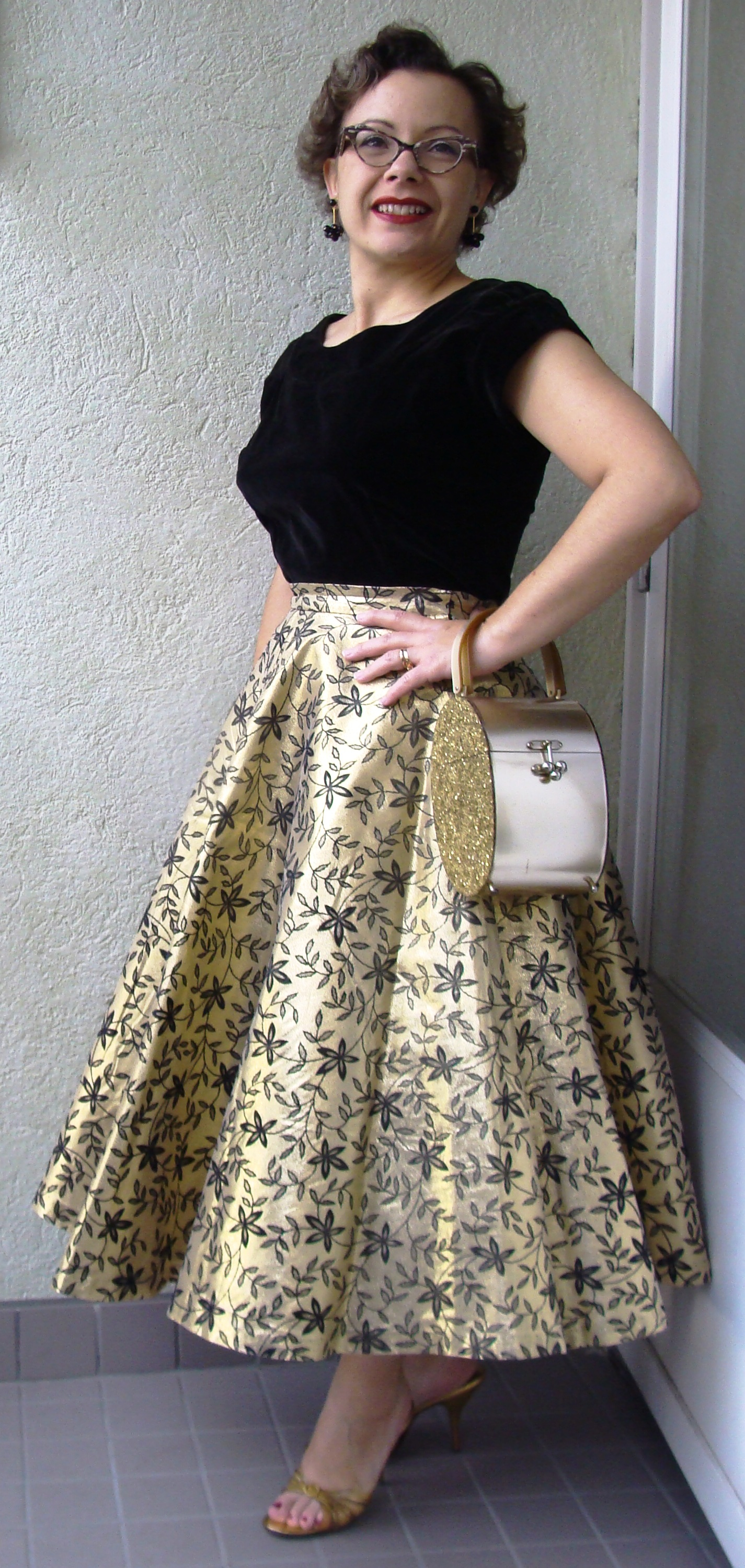 www.fintage.net blogi wp-content uploads black-and-gold-skirt.jpg ...